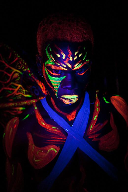 neon_gross_6
